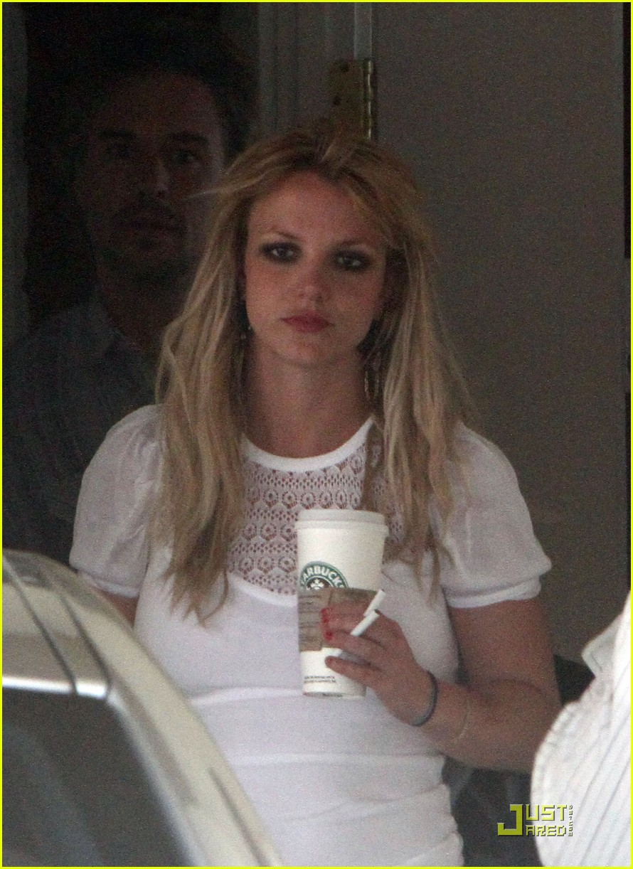 britney spears cigarettes and coffee 042436624