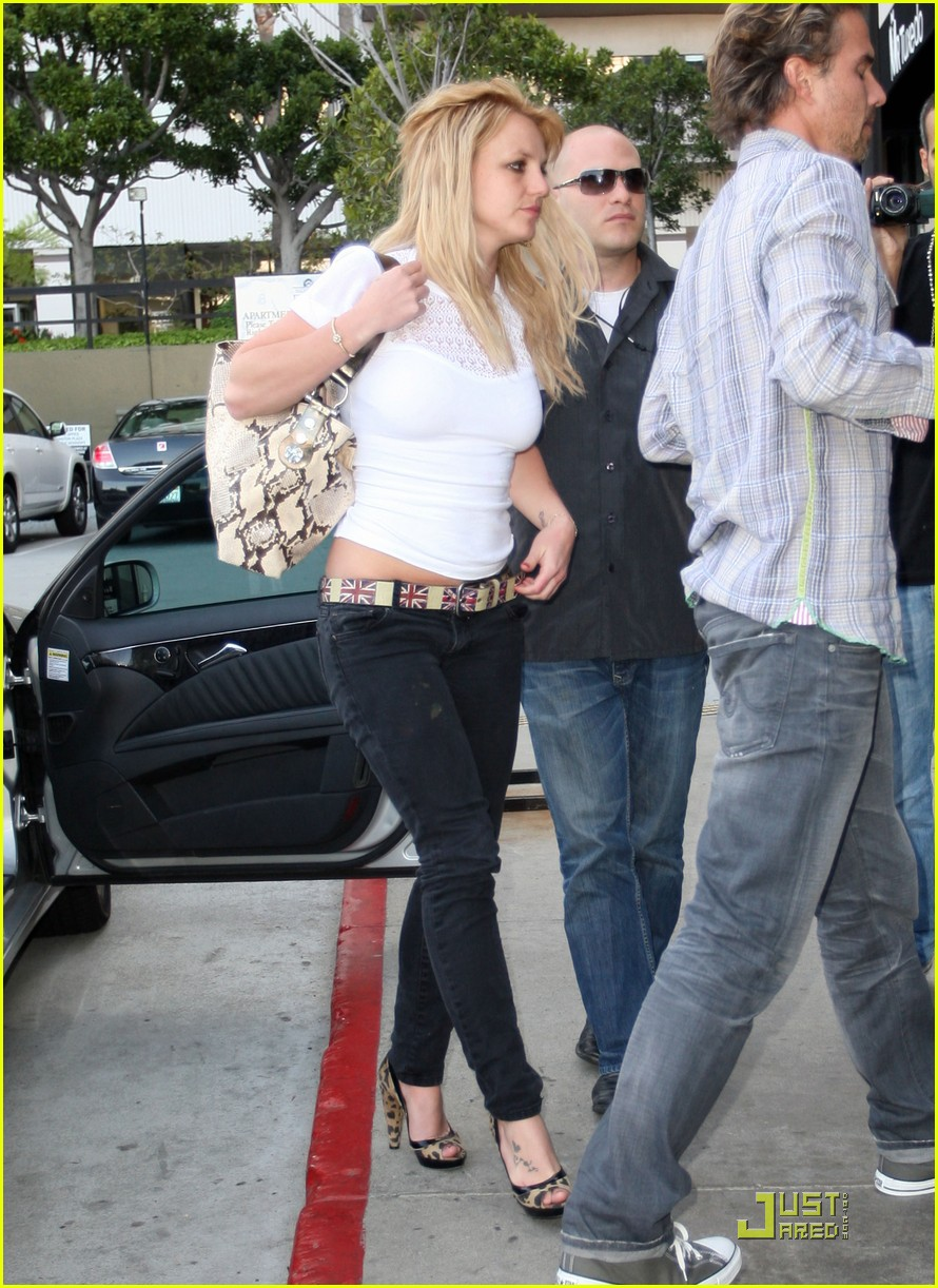 britney spears cigarettes and coffee 162436636