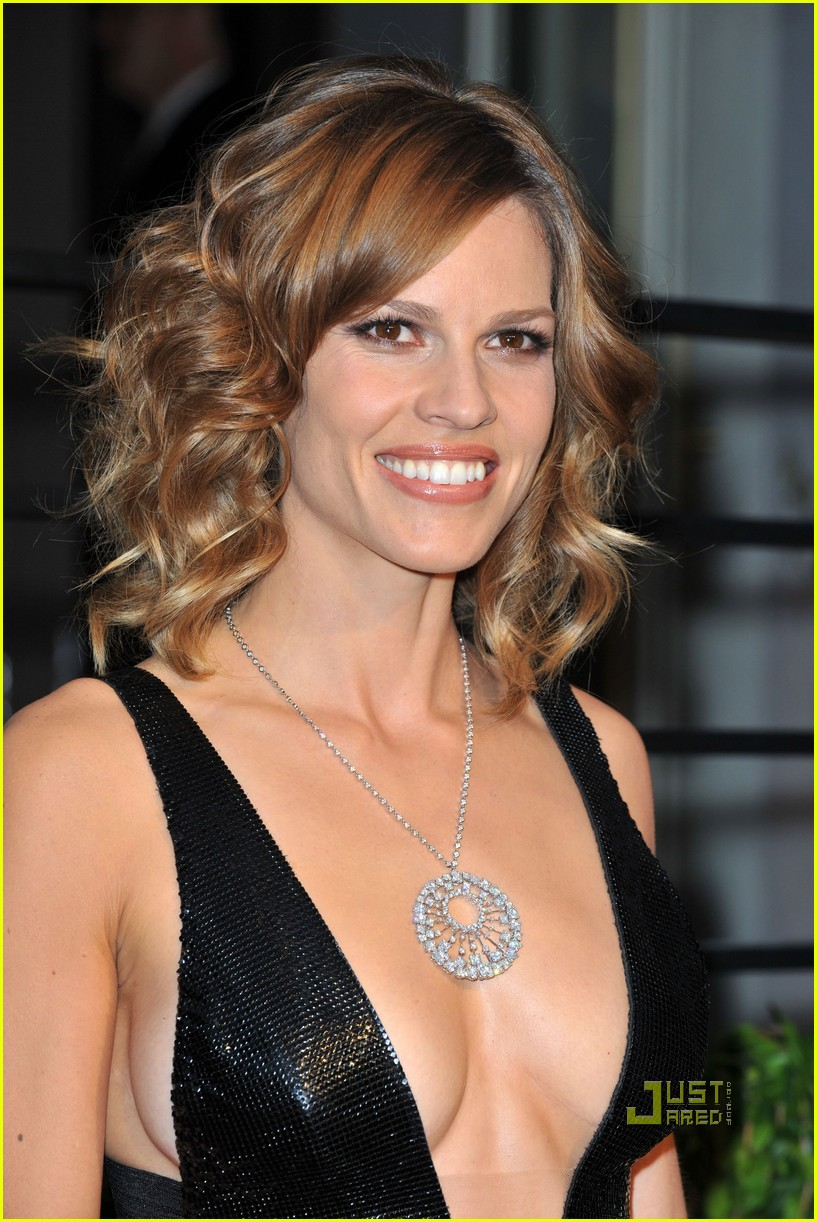 hilary swank vanity fair oscar after party 012433037