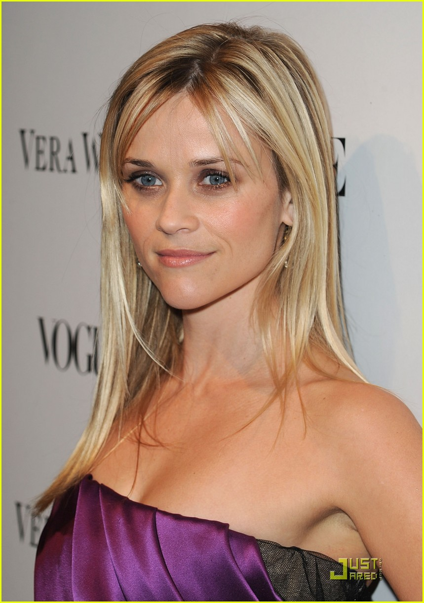 reese witherspoon views vera wang 102431599
