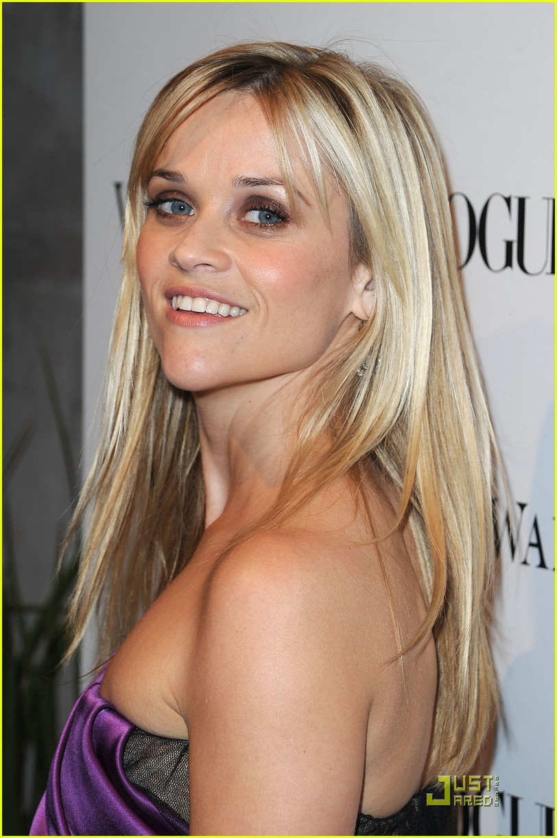 reese witherspoon views vera wang 192431608