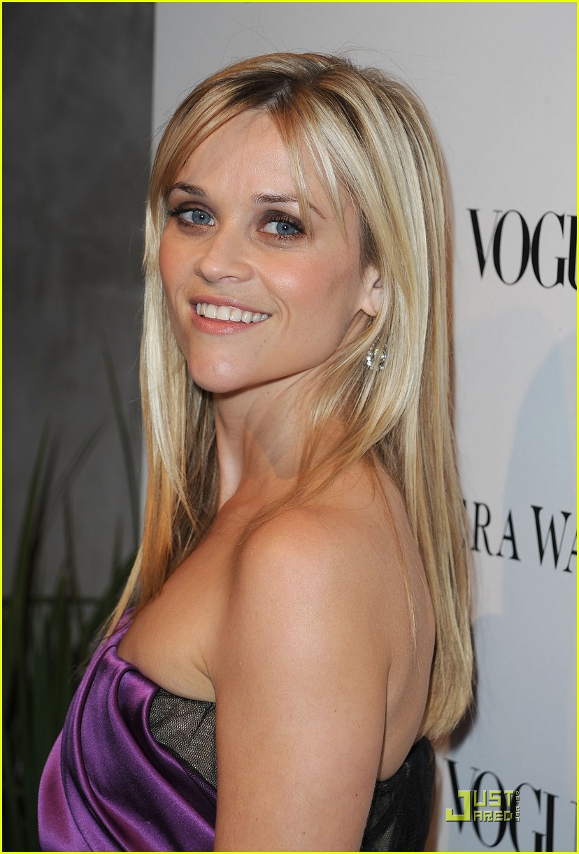 reese witherspoon views vera wang 272431616