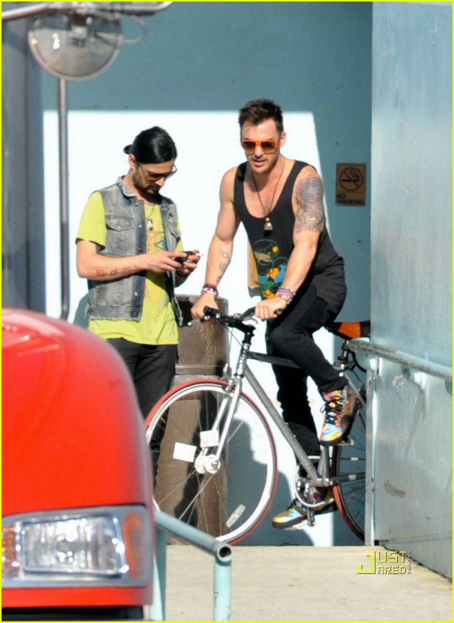 jared leto bicycle 06