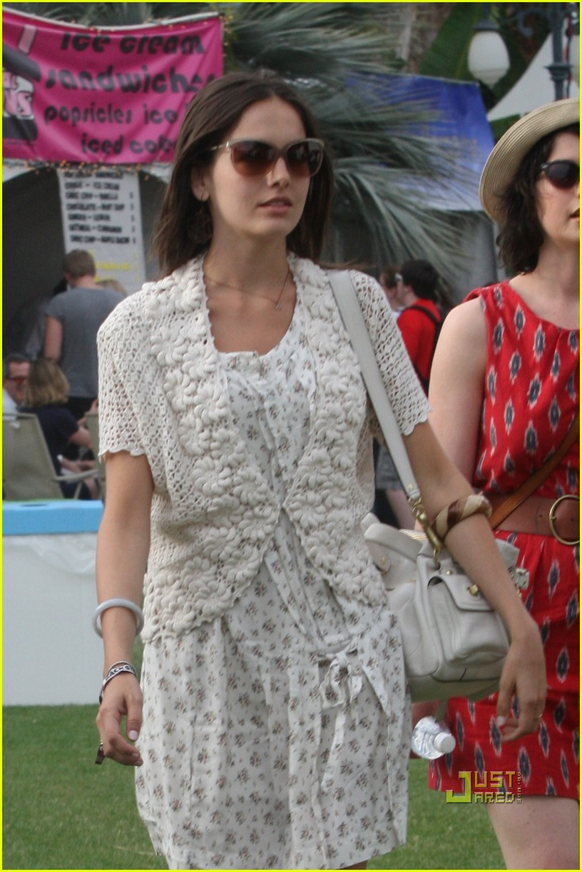 camilla belle slide 032443489