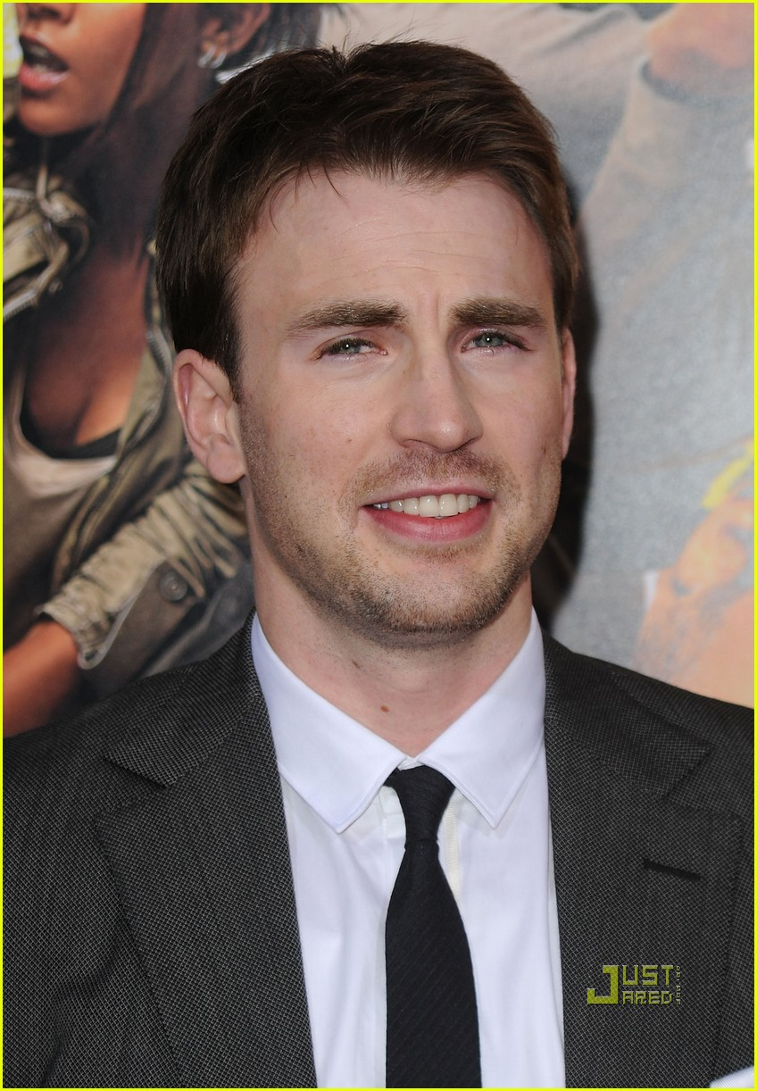 Chris Evans Brings 'The Losers' to L.A.: Photo 2444380 ...