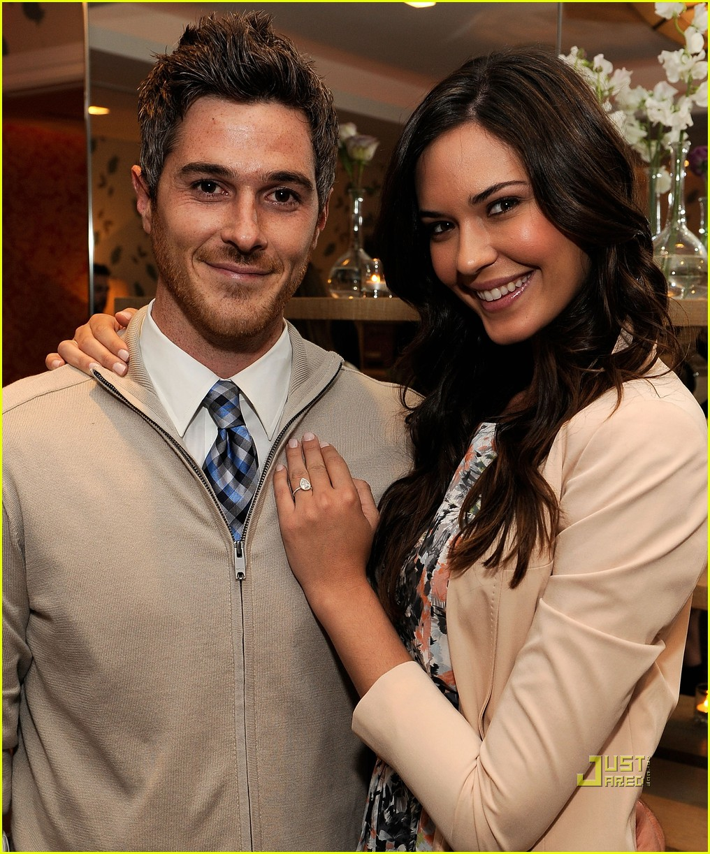 Dave Annable & Odette Yustman: The Masters in 3D!: Photo ...