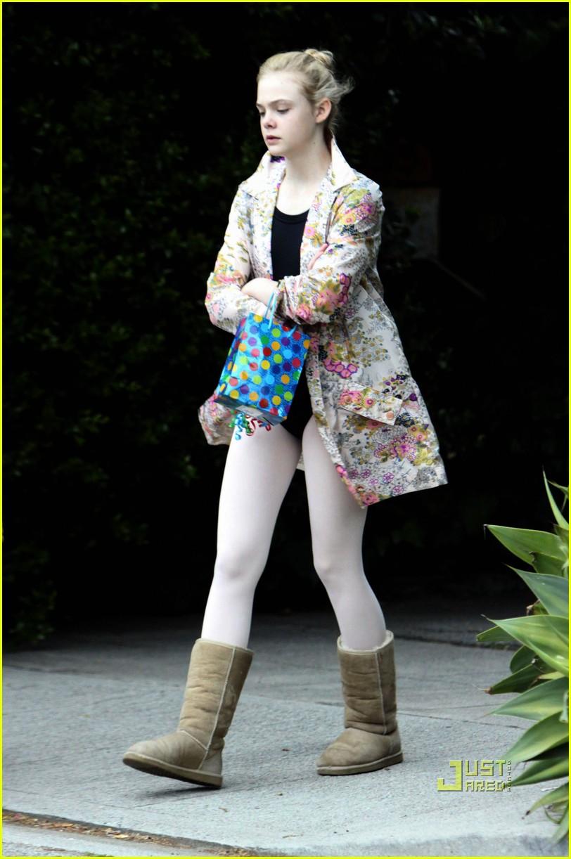 elle fanning ballet class belated birthday 052441582