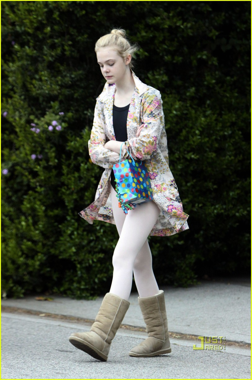 elle fanning ballet class belated birthday 10