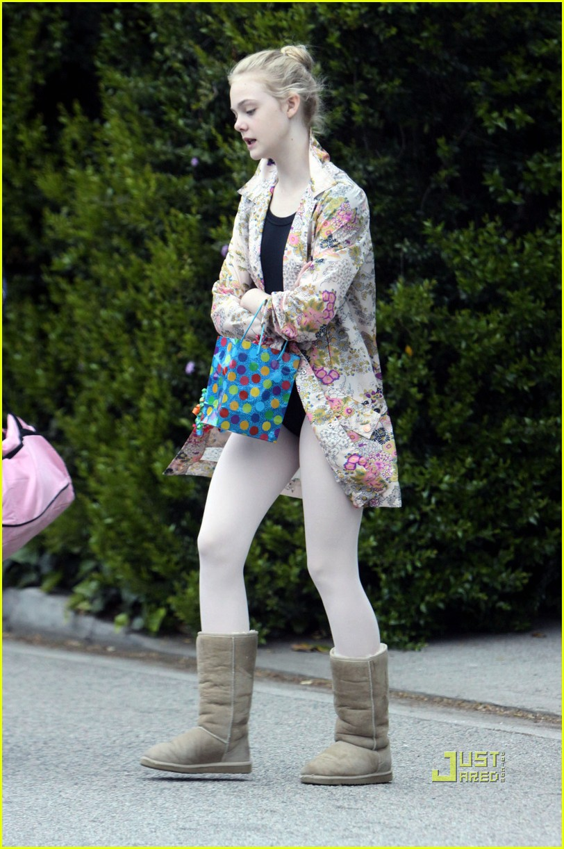 elle fanning ballet class belated birthday 11