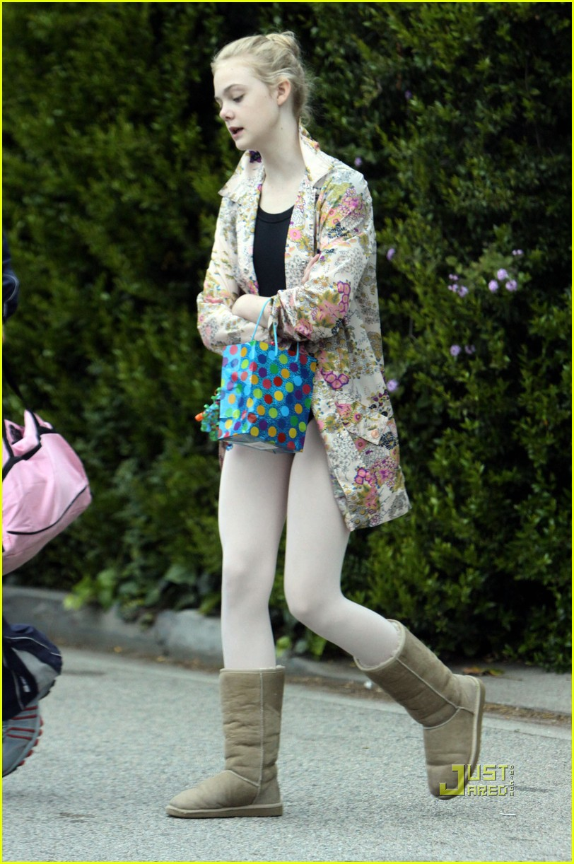 elle fanning ballet class belated birthday 122441589