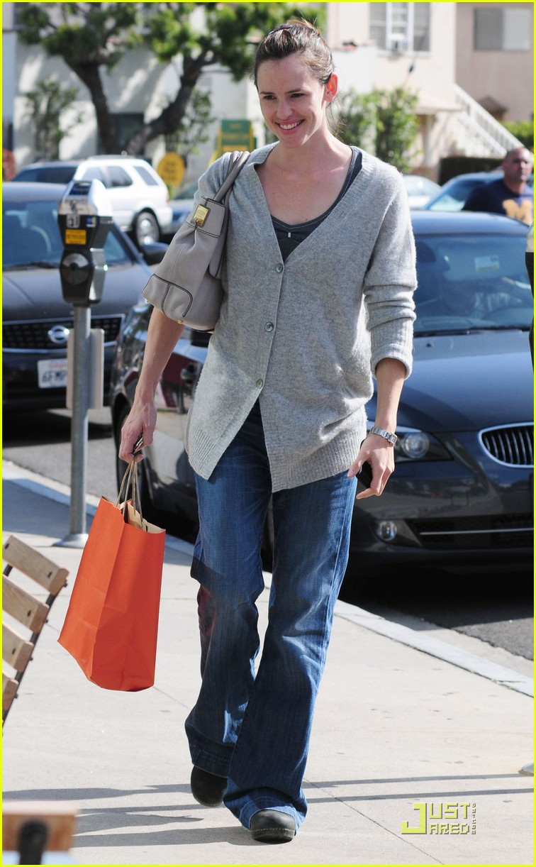 jennifer garner shopping girls 01