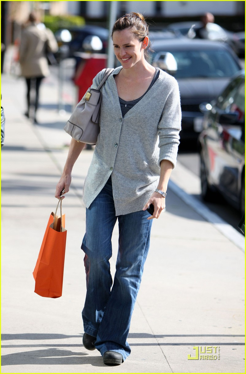 jennifer garner shopping girls 112439153