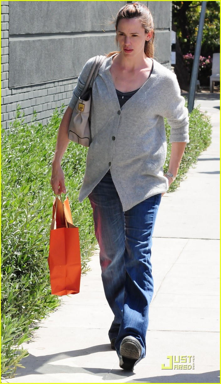 jennifer garner shopping girls 162439158