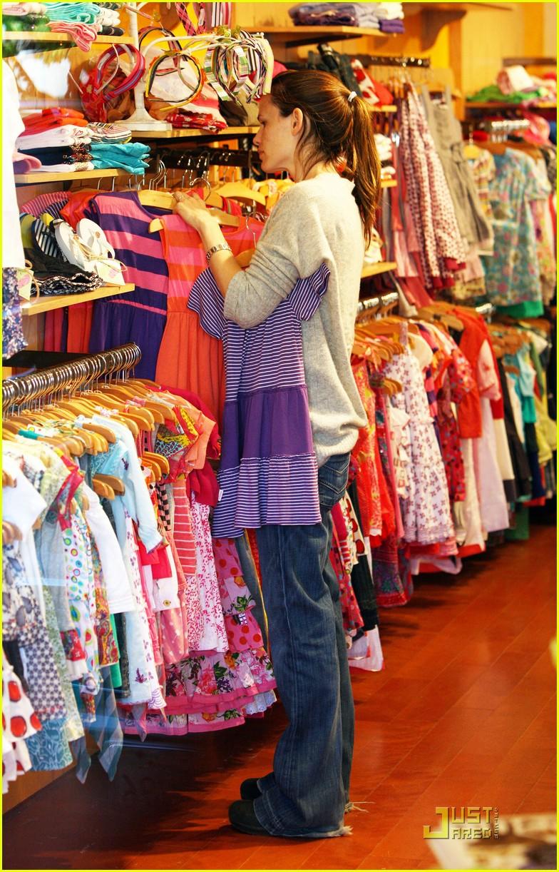 <b>Full Sized Photo of</b> jennifer garner shopping girls 17 ...