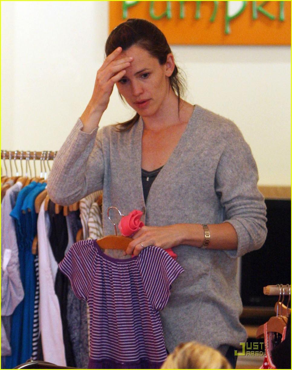 jennifer garner shopping girls 182439160