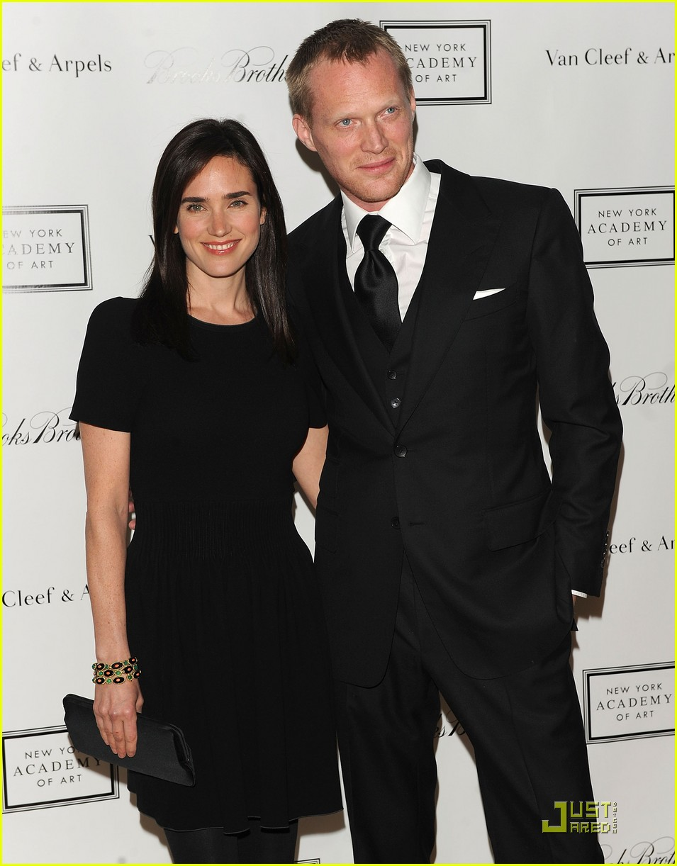 jennifer connelly paul bettany ny academy of art photo 2442337 jennifer connelly paul. Black Bedroom Furniture Sets. Home Design Ideas