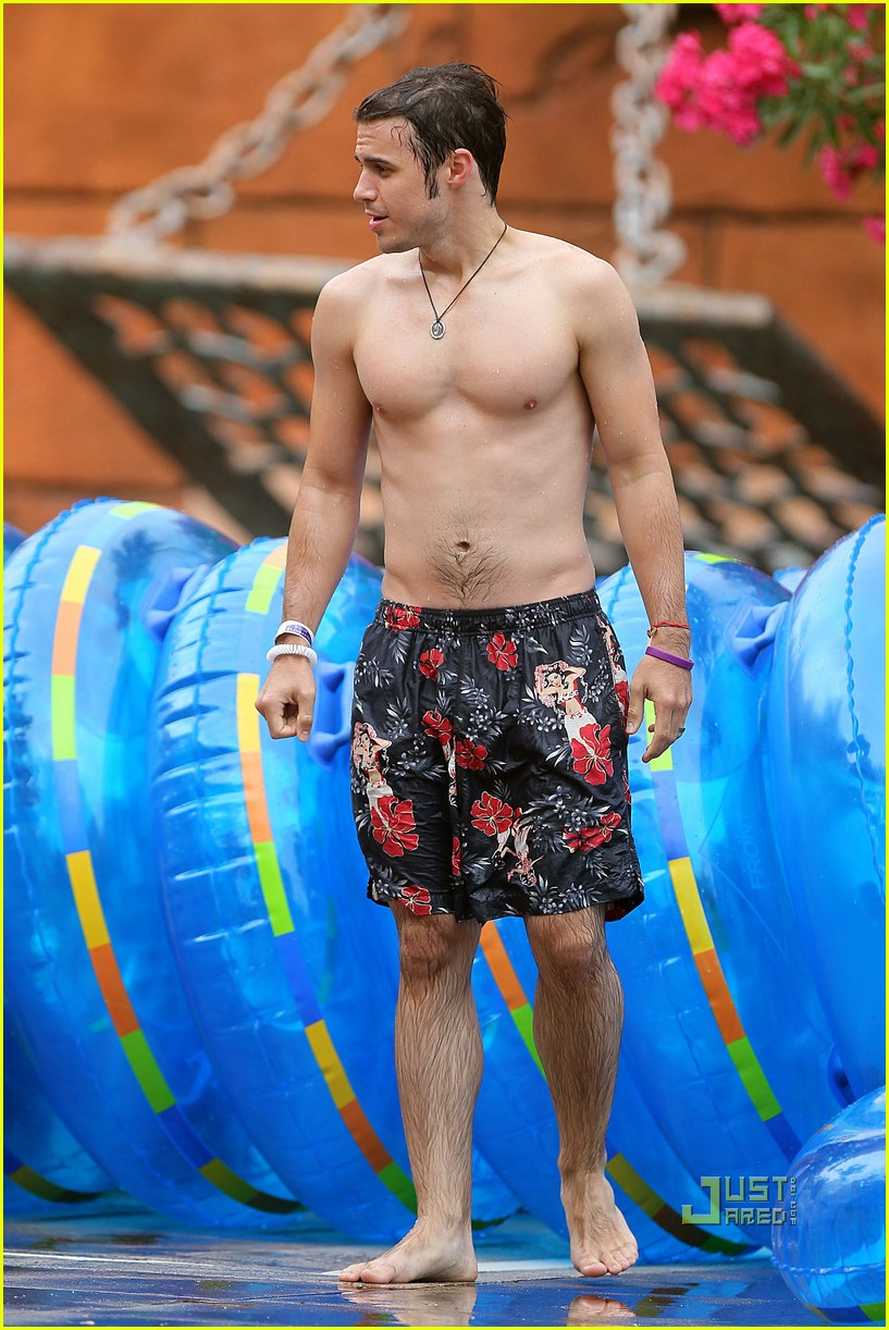 kris allen shirtless 04