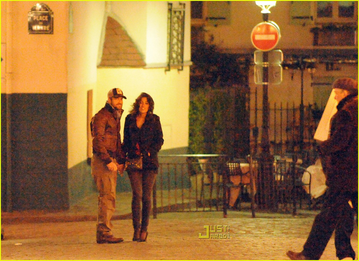 gerard butler laurie cholewa date 22