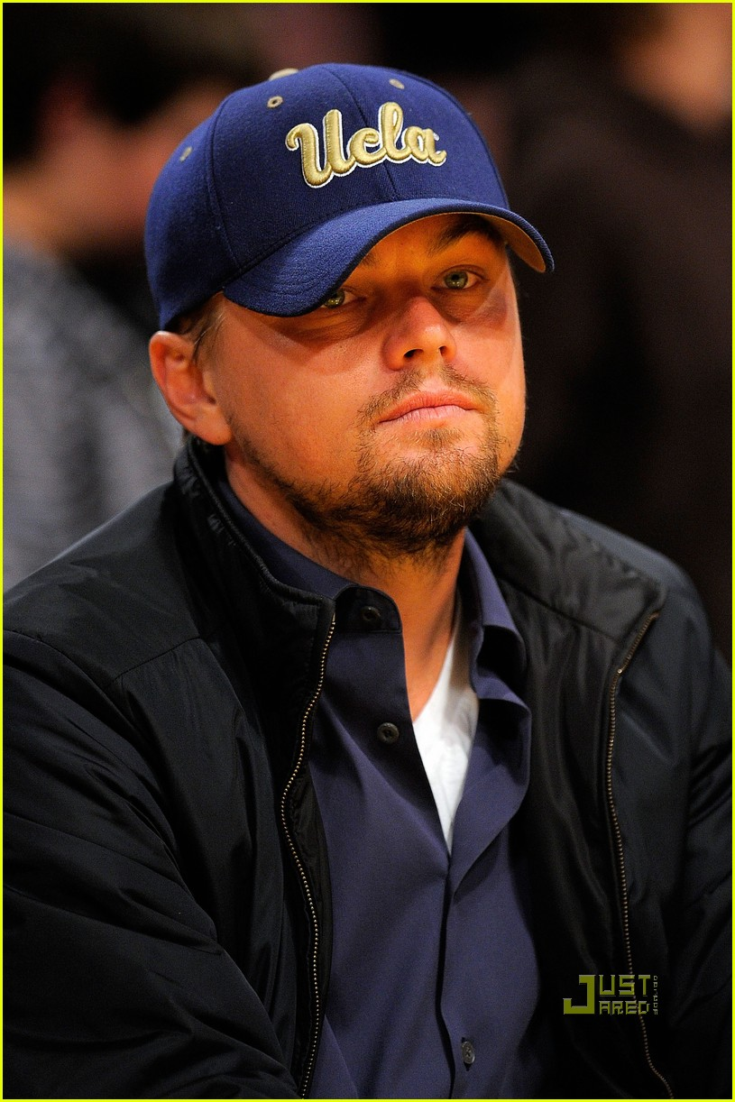 leonardo dicaprio bar refaeli lakers game 02