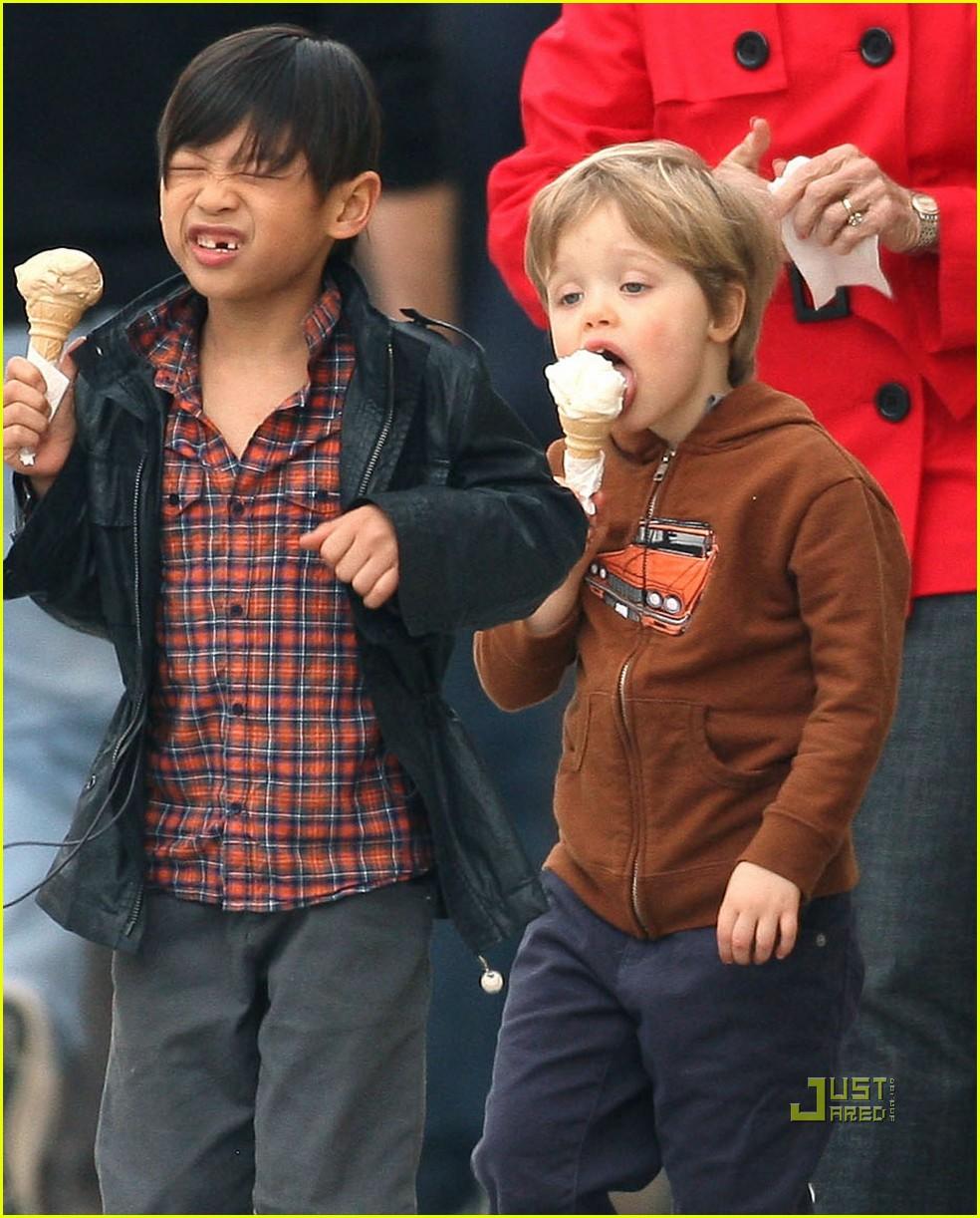 pax shiloh jolie pitt ice cream 112443891