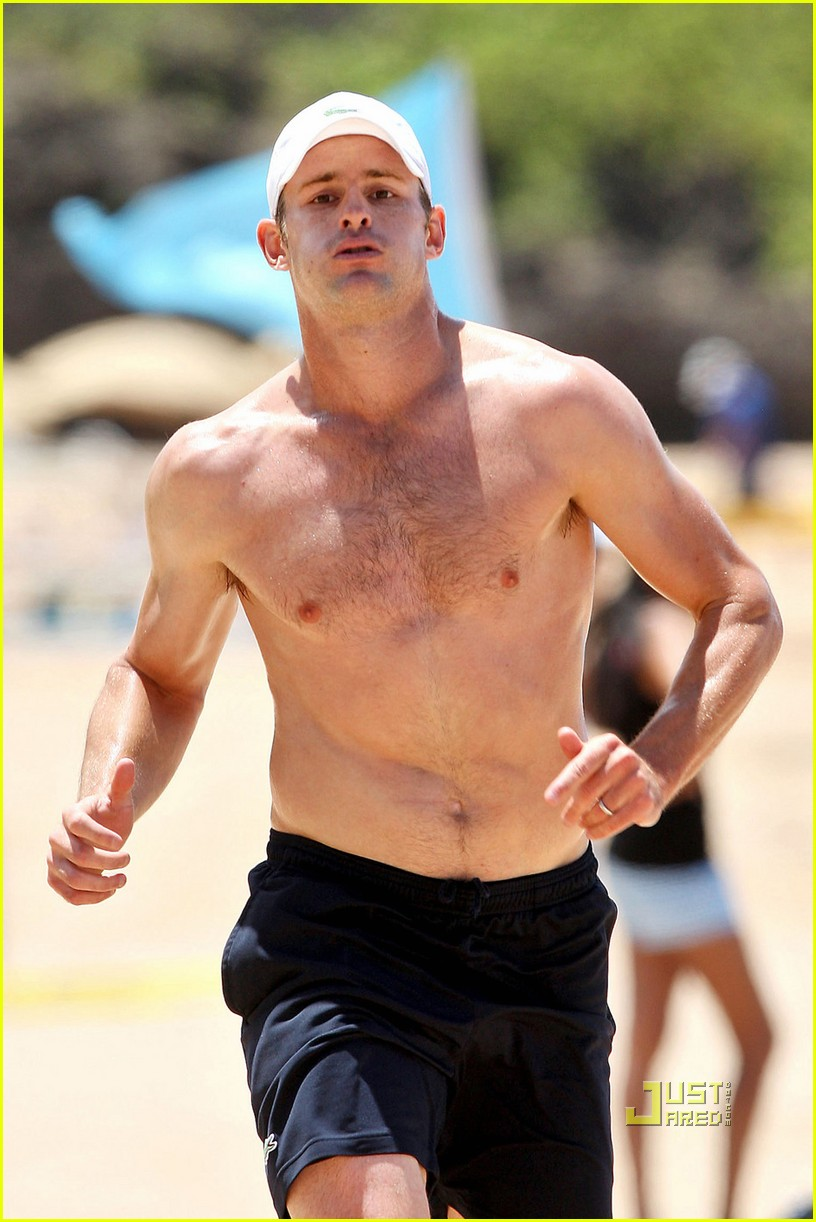 shirtless andy roddick 01