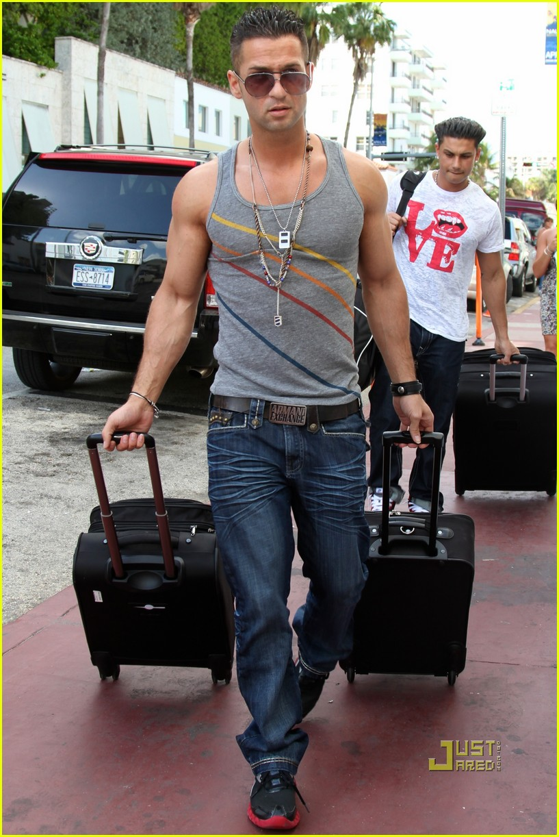 The Situation Pauly D Jersey Shore Arrive In Miami 022440247