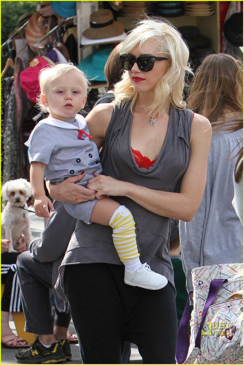 gwen stefani bonding boys 012439645