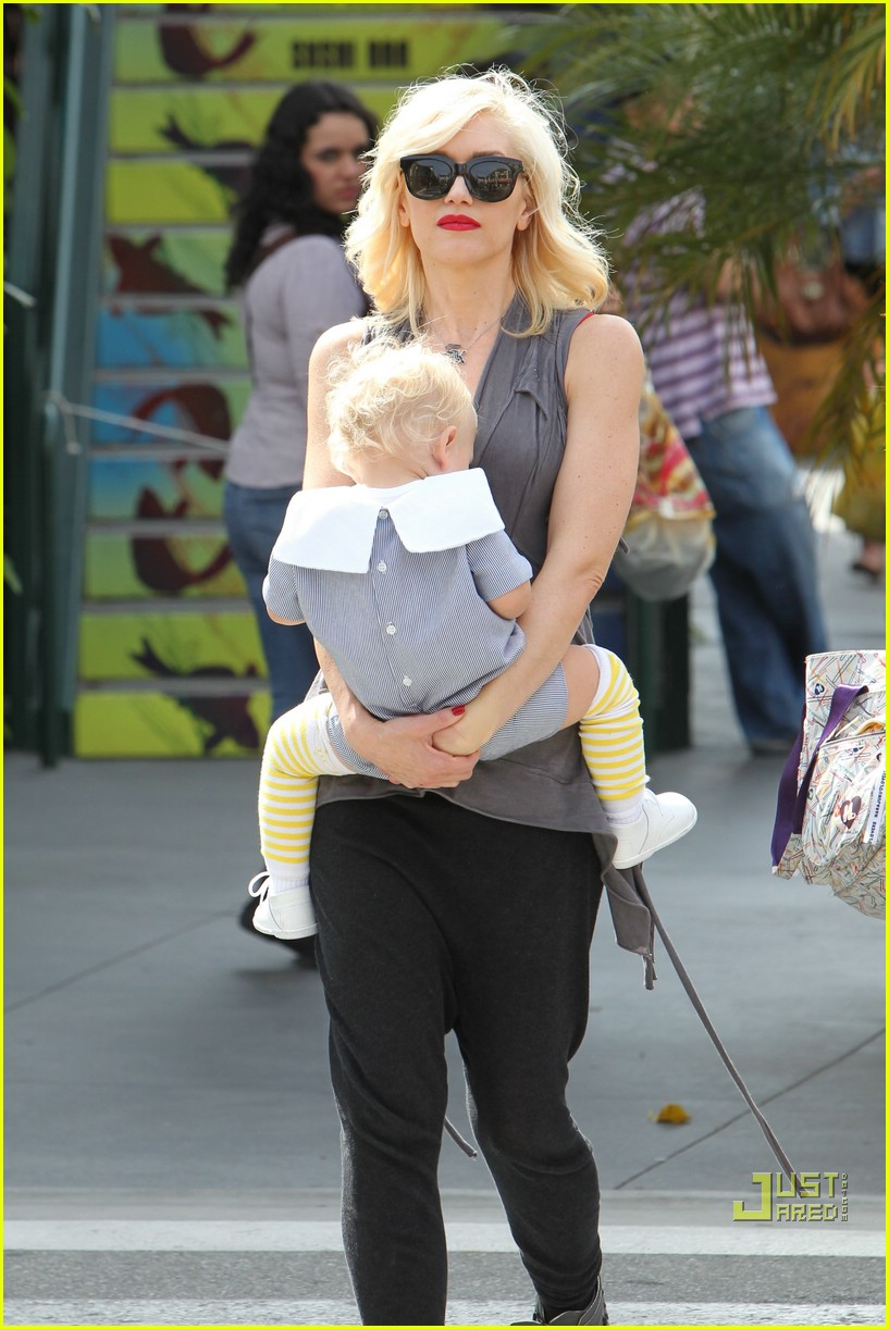 gwen stefani bonding boys 062439650