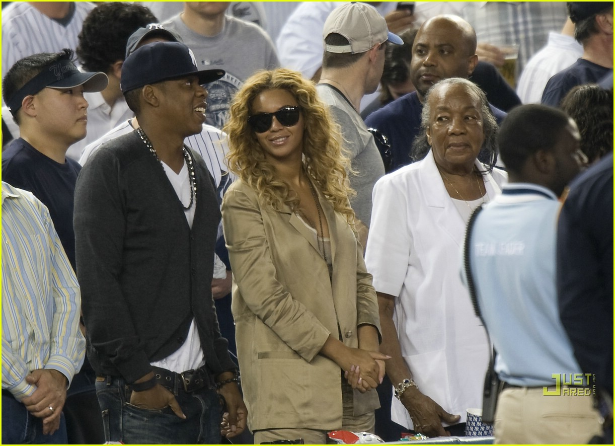 beyonce jay z mother in law yankee 03