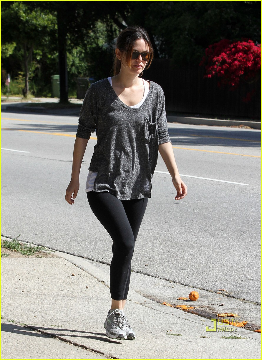 rachel bilson hiking 10