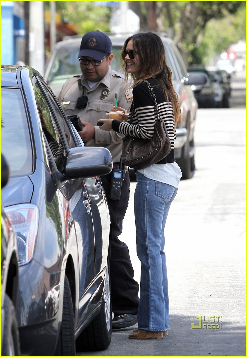 rachel bilson parking ticket 162454093