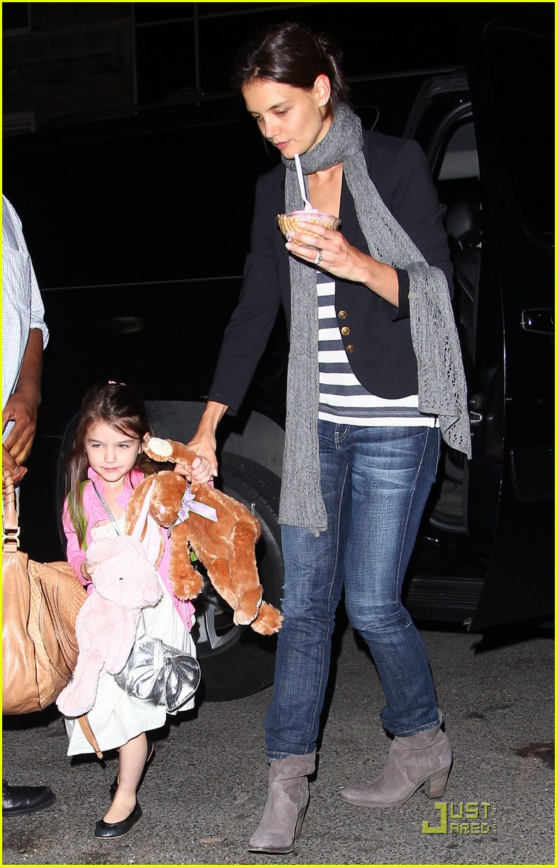 suri cruise sundaes monday 022453369
