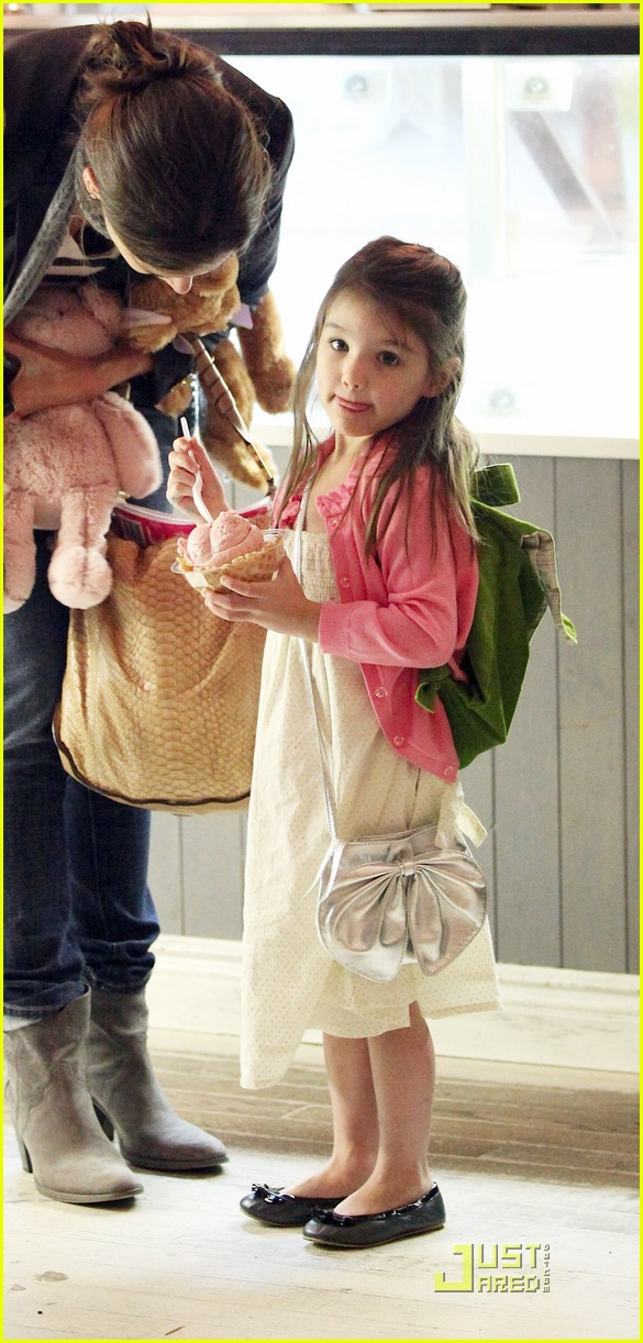 suri cruise sundaes monday 11