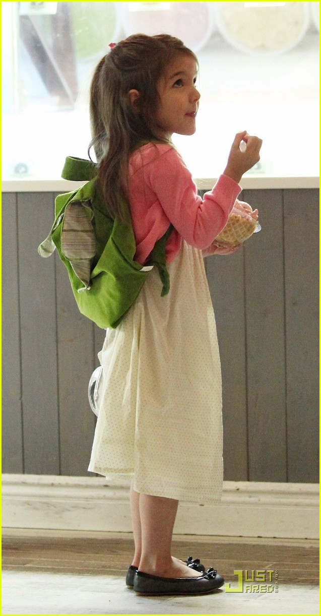 suri cruise sundaes monday 15