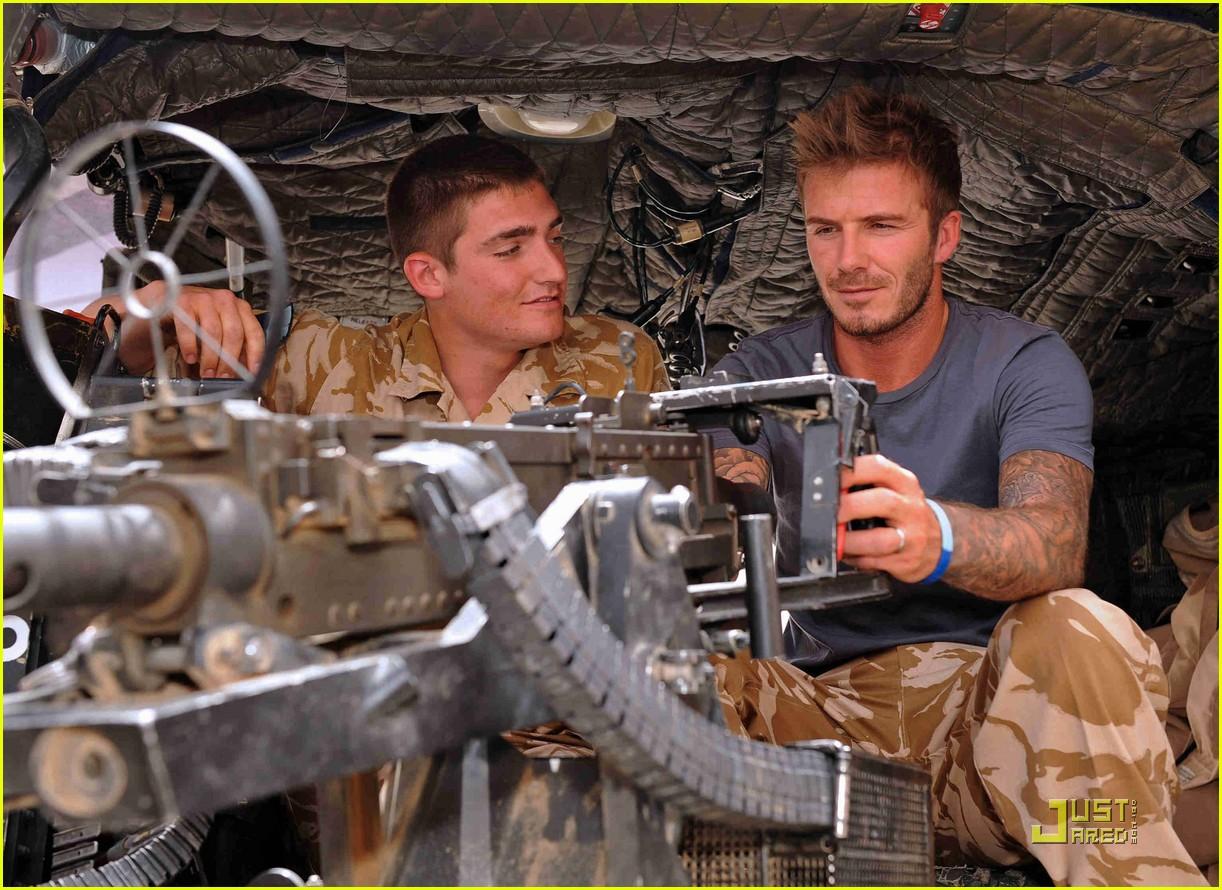 david beckham boosts british troop morale 05