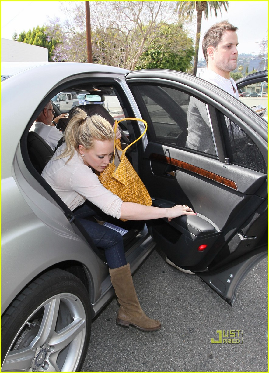 hilary duff yellow fever 07
