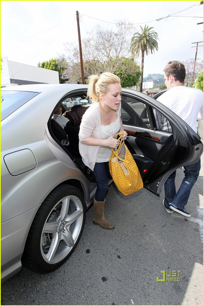 hilary duff yellow fever 122451745