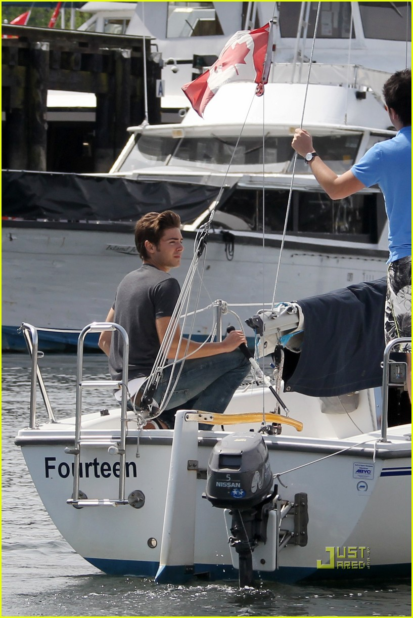 zac efron sailing vancouver 162451862
