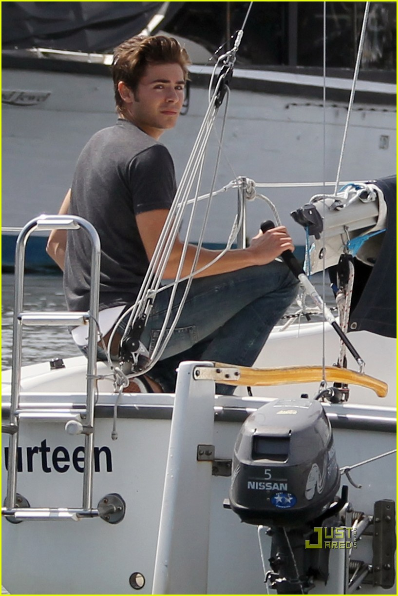 zac efron sailing vancouver 192451865