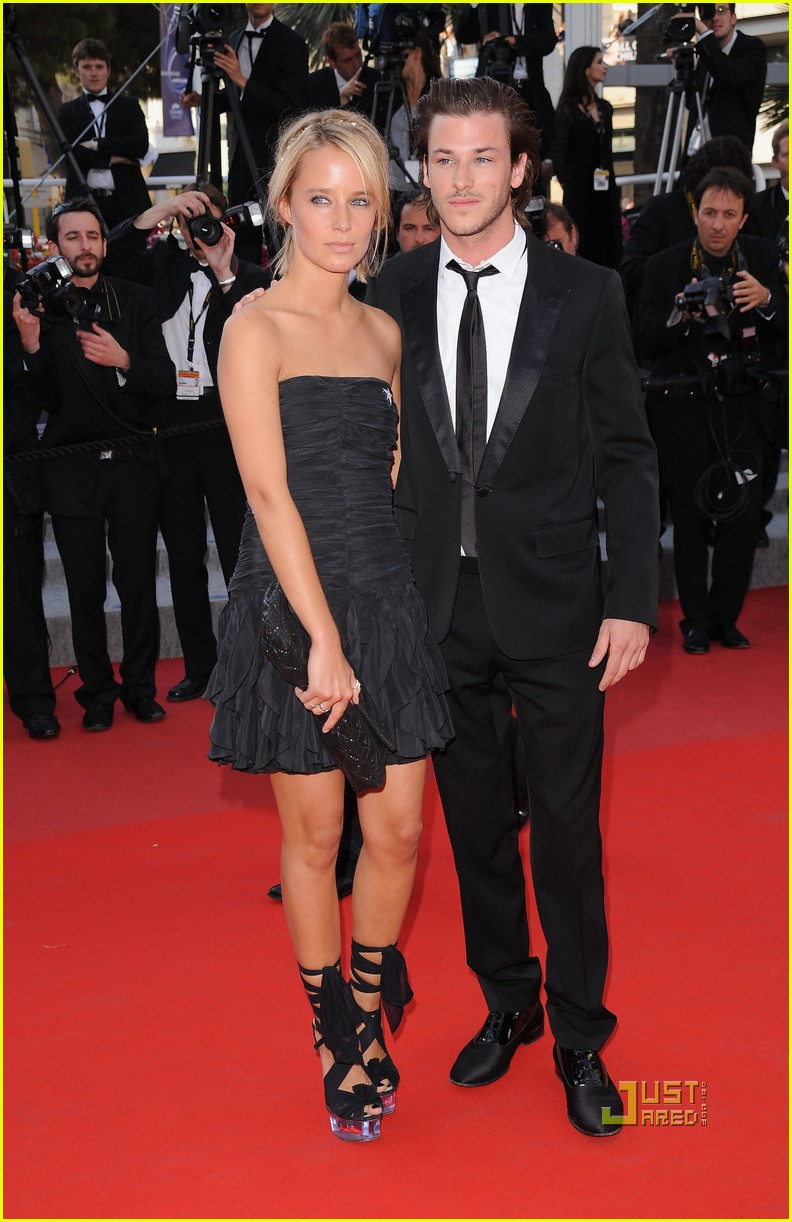 avec qui gaspard ulliel est en couple. Black Bedroom Furniture Sets. Home Design Ideas