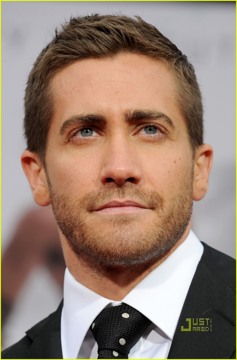 jake gyllenhaal tom ford 012451506