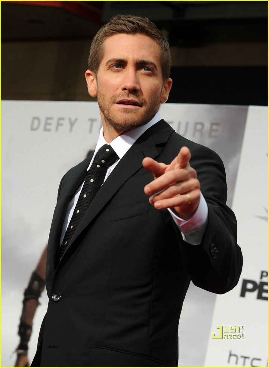 jake gyllenhaal tom ford 072451512
