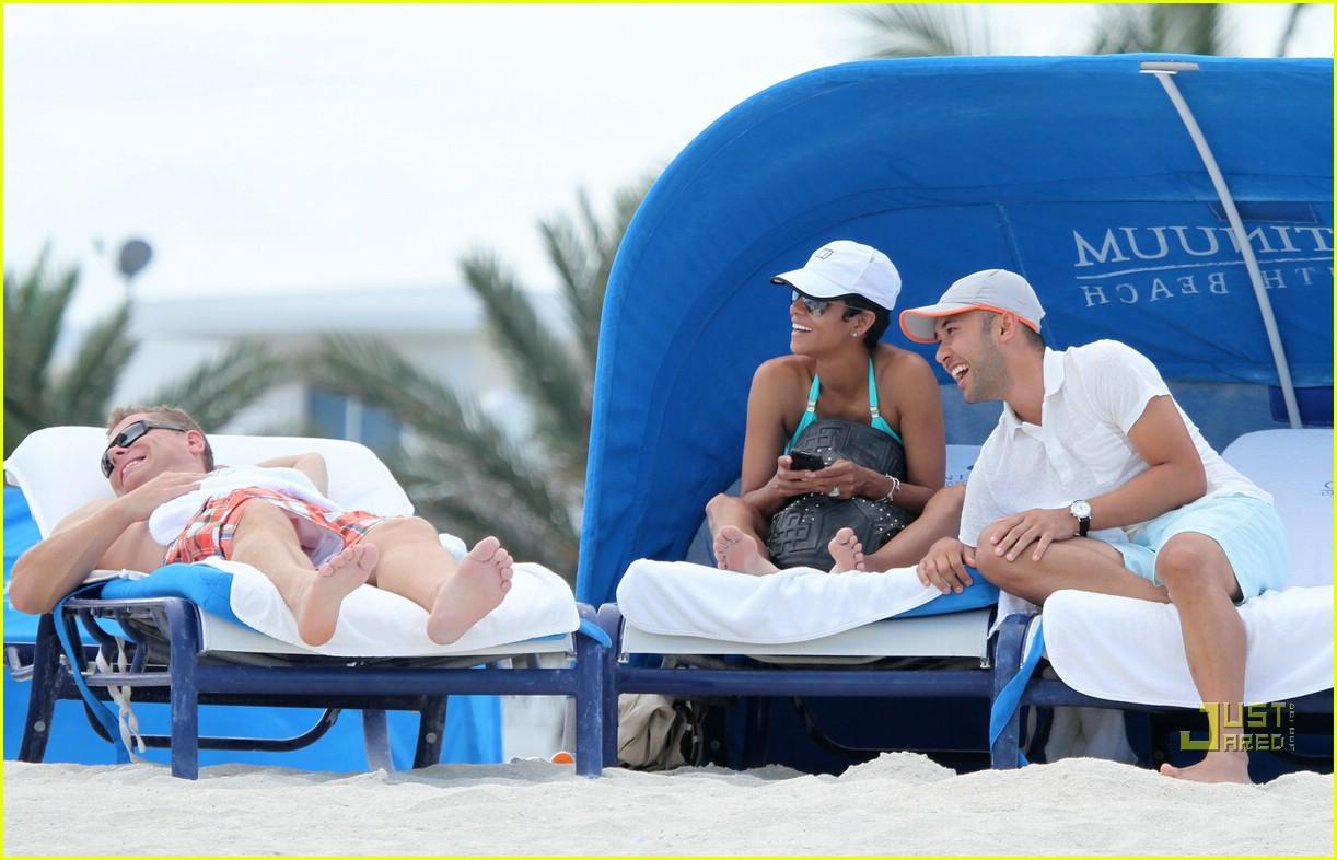 halle berry miami beach babe 172455165