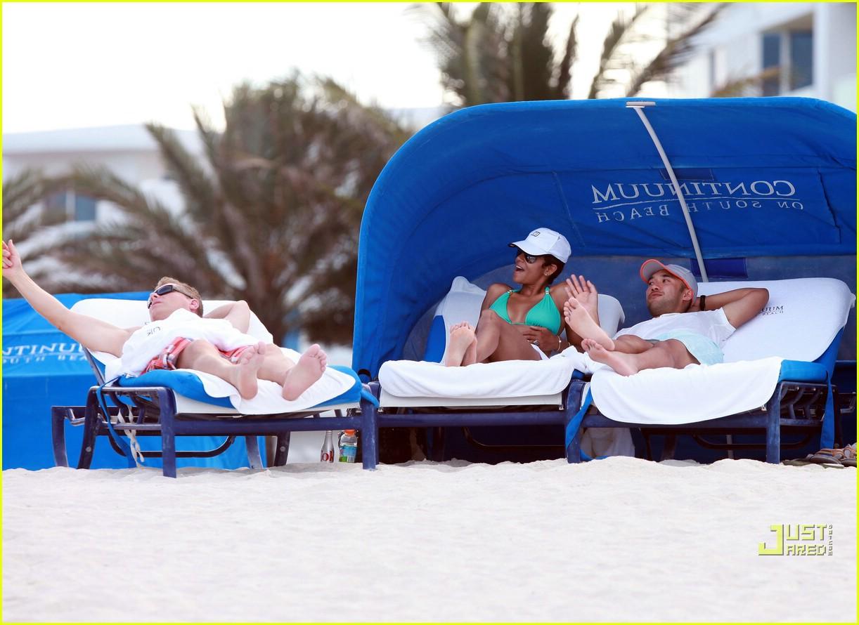 halle berry miami beach babe 272455175