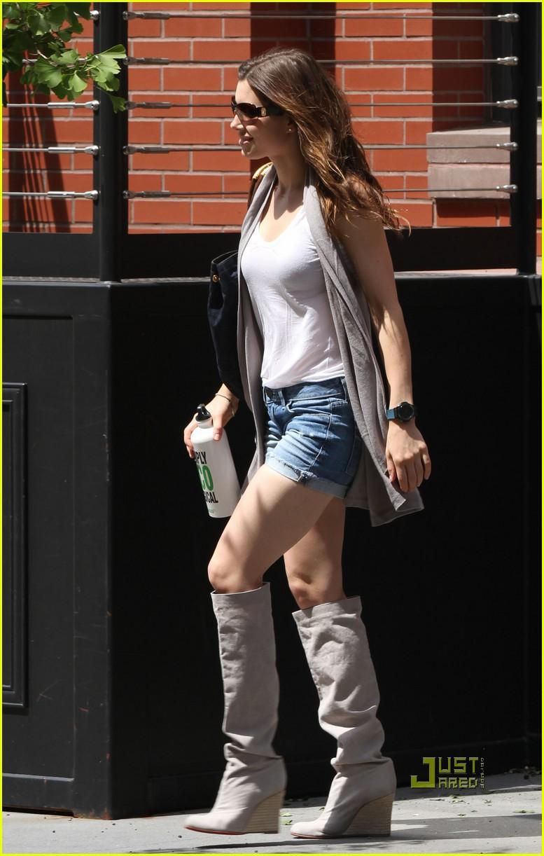 Jessica Biel: Short Shorts Sexy: Photo 2447128 | Jessica ...