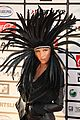 kesha feathered headpiece 06