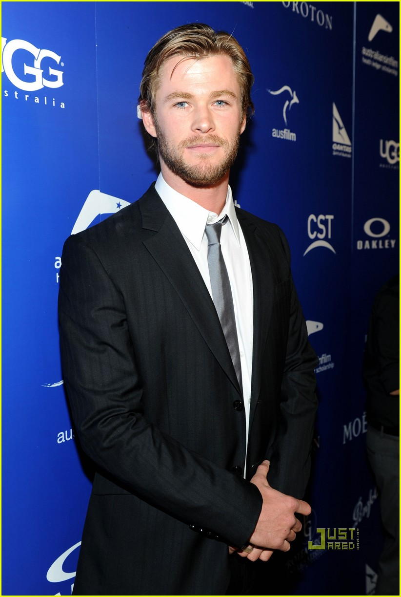 ryan kwanten chris hemsworth australians in film breakthrough awards 062450526