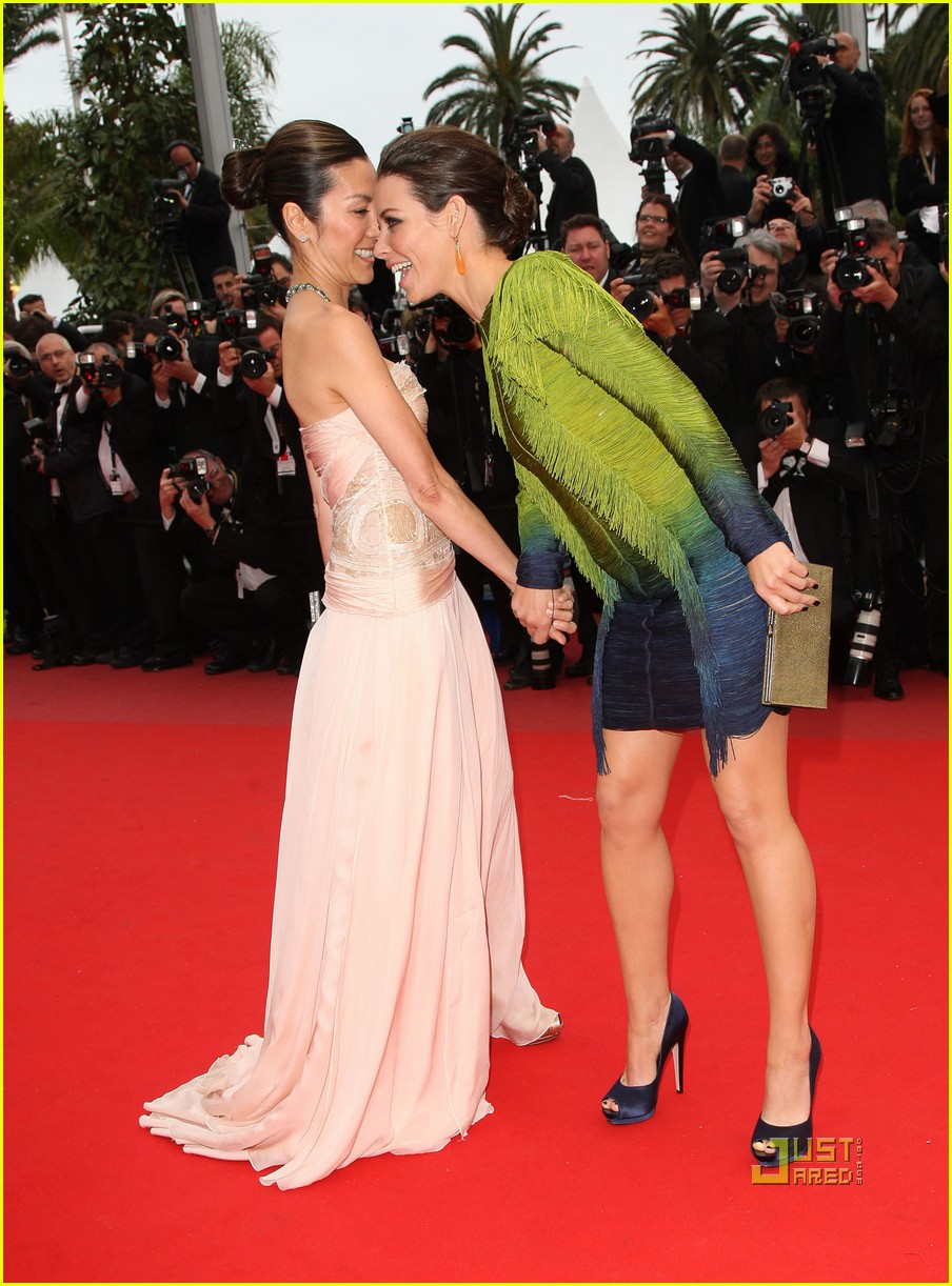 Evangeline lilly kiss