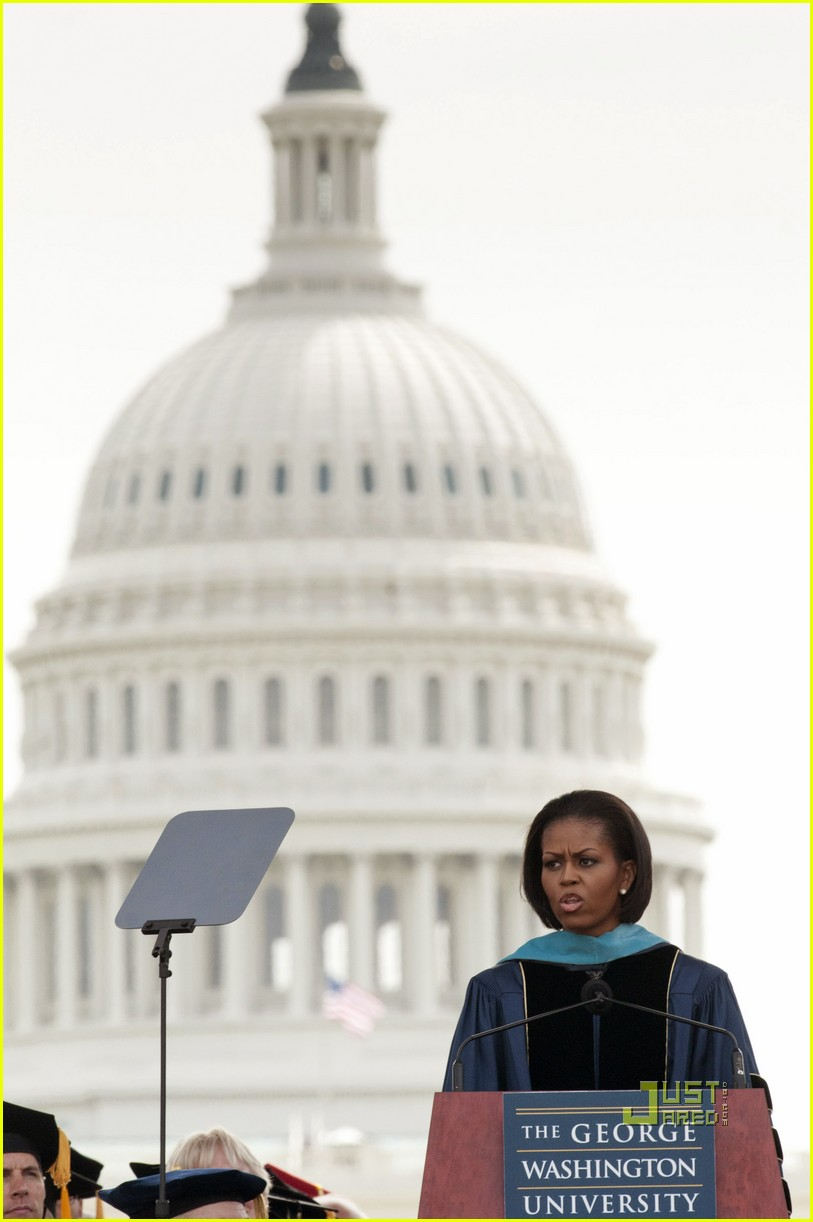 michelle obama commencement speech 012451158