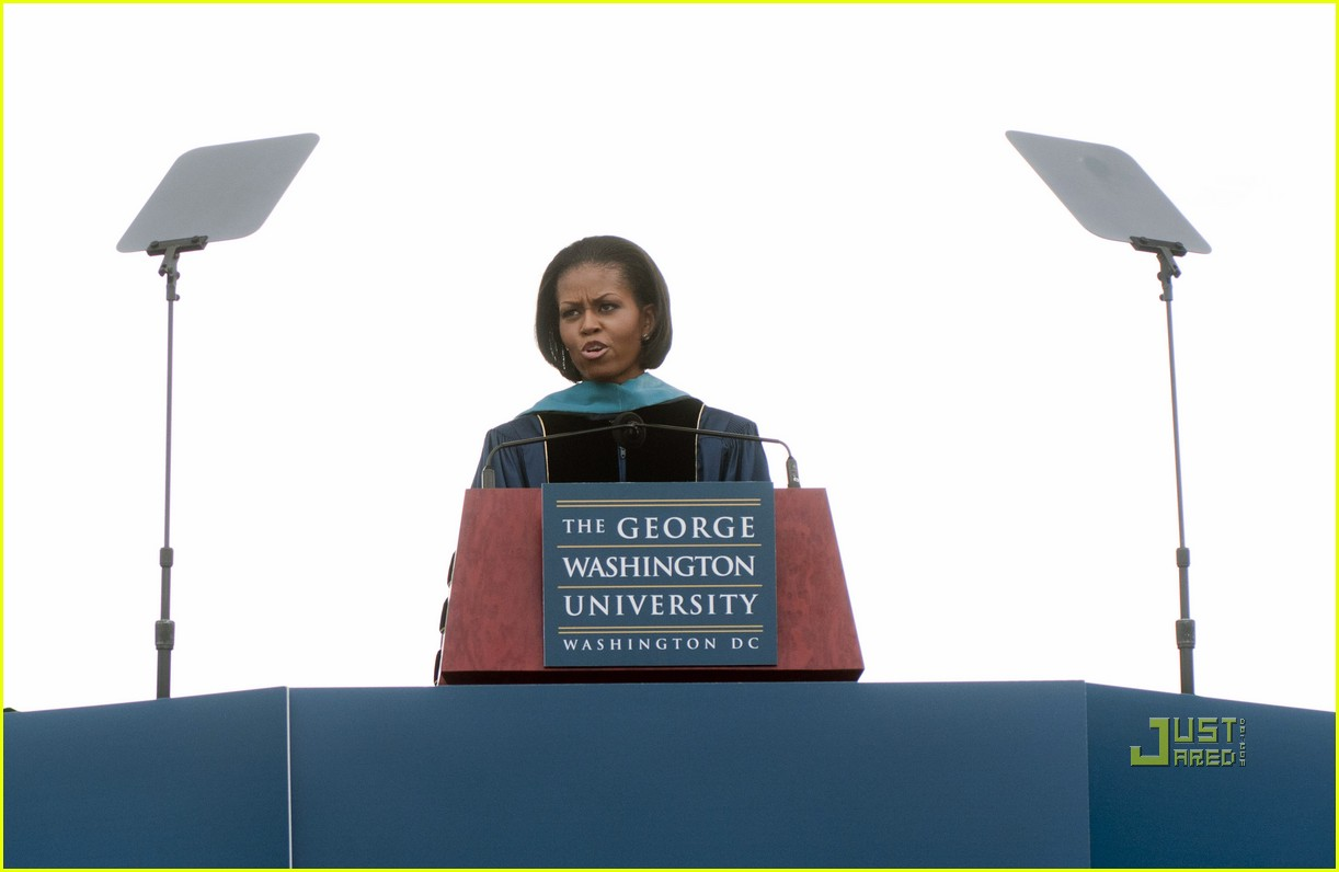 michelle obama commencement speech 112451168